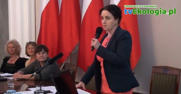 """Zdrowa żywność to nasza przyszłość. """"Musimy wspólnie obronić Polskę przed GMO!"""" (FILM)"""